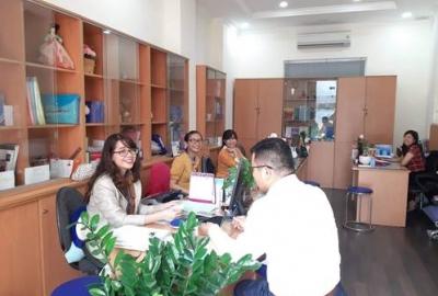 """Công đoàn trường đại học Khoa học Xã hội và Nhân văn: """"Văn phòng xanh"""" chào mừng kỷ niệm 37 năm ngày nhà giáo Việt Nam"""
