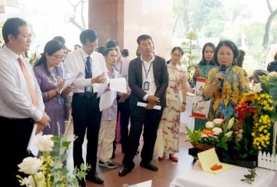 Hội thi cắm hoa chào mừng ngày Nhà giáo Việt Nam 20.11